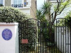 Photo of William Reid Dick blue plaque