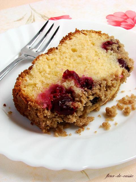 вишневый пирог с посыпкой 2