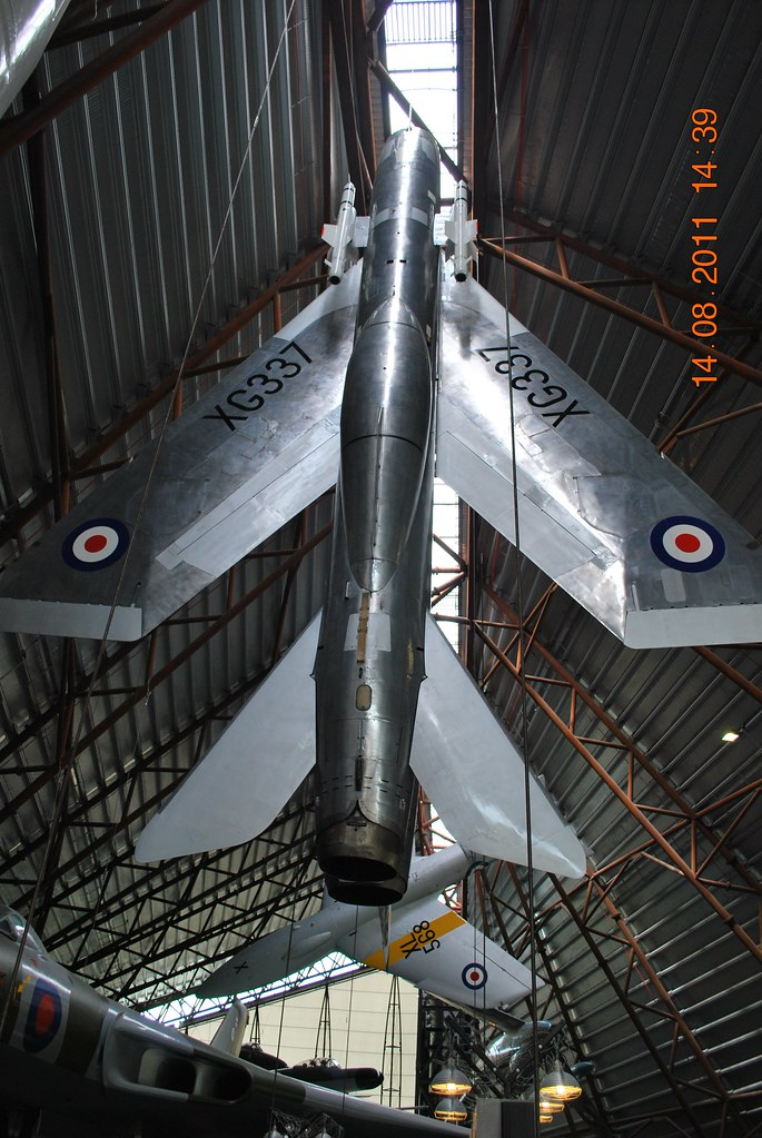 English Electric Lightning F.1 XG337