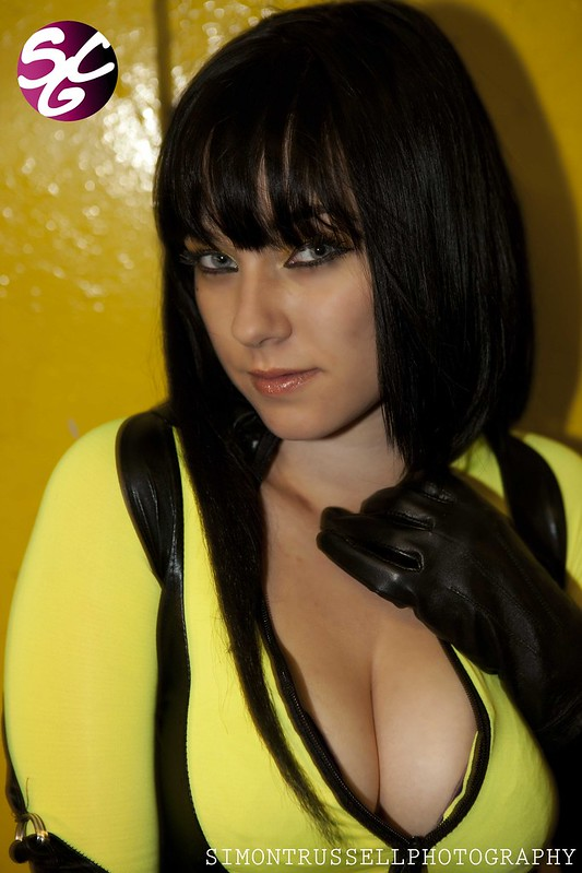 Rose Ryan as Silk Spectre