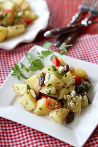 Greek Potato Salad Recipe with Feta Cheese, Kalamata ...