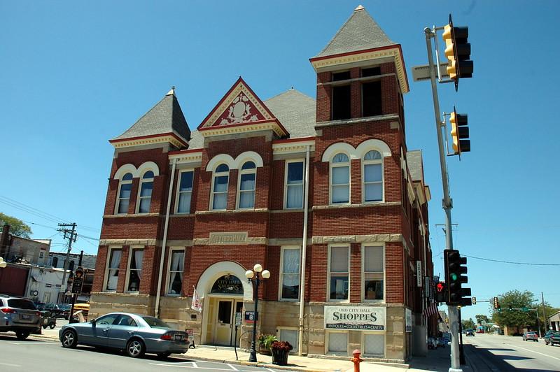 Old City Hall Shoppes, Pontiac, IL