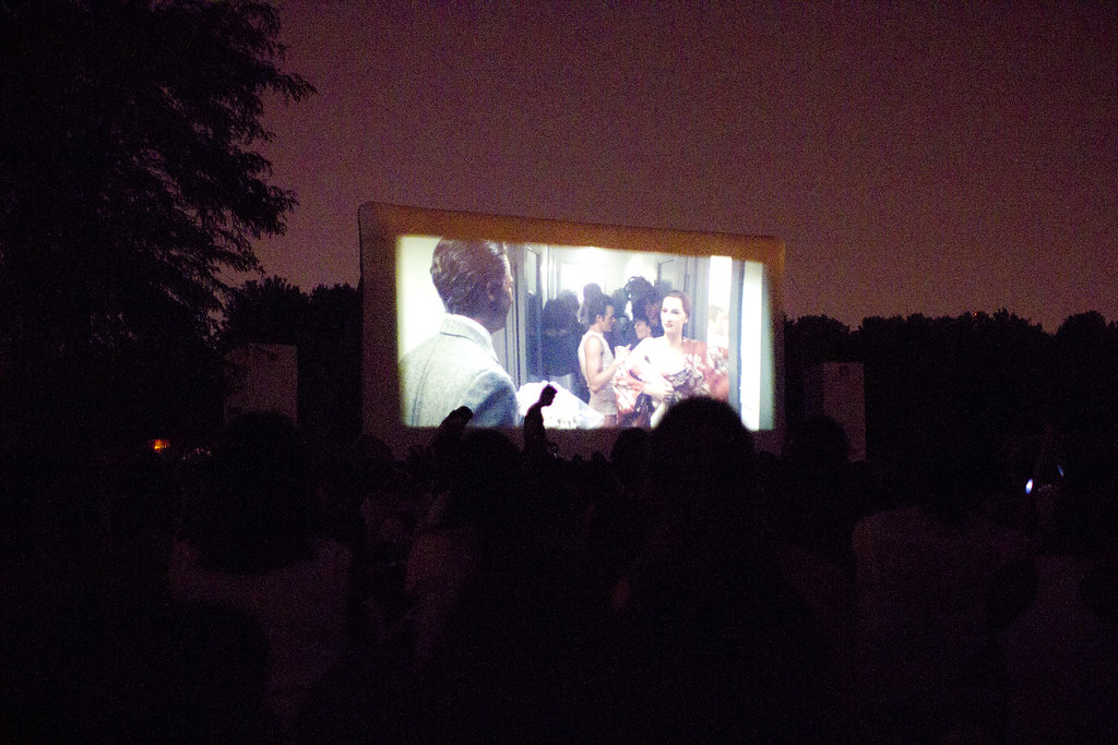 Paris_open_air_cinema_parc_vilette_2