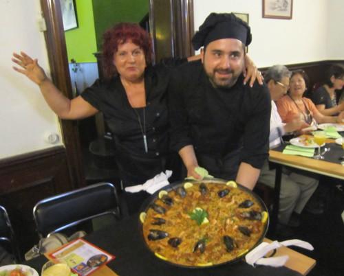 パエリアとシェフ@バルセロナのレストラン by Poran111