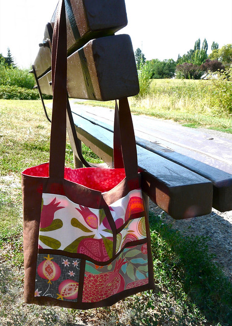 How to Make a Five Fave Fabrics Tote (a guest tutorial for Spoonflower)