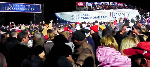 The Mitt Bus Rolls into the Rally
