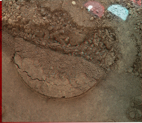 "CURIOSITY sol 89 MAHLI anaglyph ""APXS mark"""