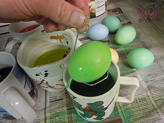 "MasDudley's Easter :: Nickelodeon ""TEENAGE MUTANT NINJA TURTLES"" EASTER EGG DECORATING KIT vii // ..dying eggs  (( 2014 ))"