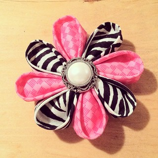my first kanzashi flower