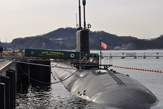 YOKOSUKA, Japan (March 20, 2012) The Los Angeles-class fast attack submarine USS Topeka (SSN 754) arrives at Fleet Activities Yokosuka for a port visit. (U.S. Navy photo by Lt. Lara Bollinger)