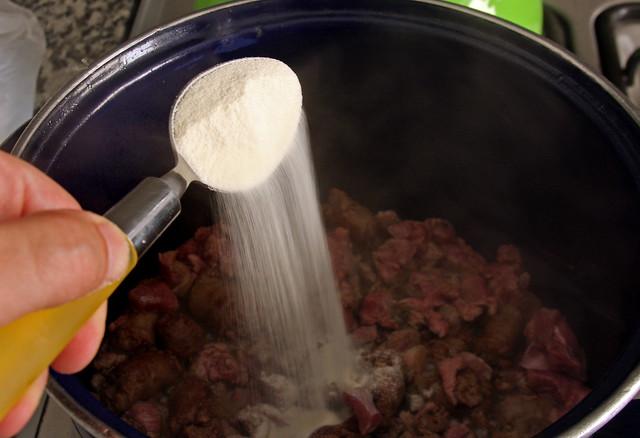 Harina sobre la Carne Dorada