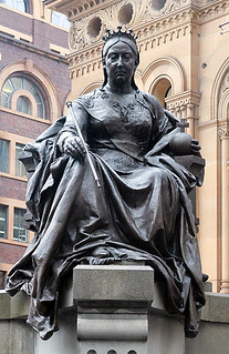 Зображення Queen Victoria Monument. monument statue sydney victorian australia nsw newsouthwales qvb queenvictoria monarchy