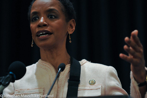 Rep Donna Edwards at opening plenary-2-2