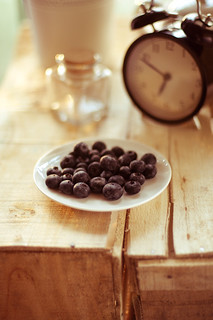 Blueberries and the clock