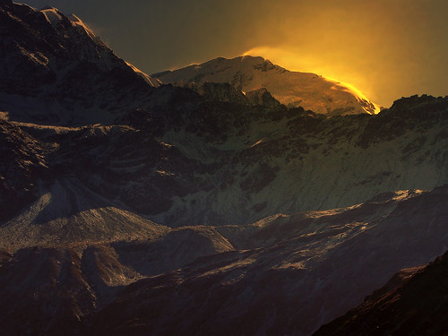india mountain snow color colour beauty sunrise trek landscape fire dawn golden twilight peak glacier himalaya highaltitude morn trishul garhwal lopamudra uttarakhand simbe trisul uttraranchal saptkund saptakund simbey