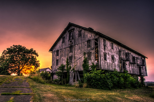 sunset ohio building tree architecture barn lens photography kent angle pentax farm si cleveland great wide da smc 建筑 limit 日落 hdr 树 k5 美国 夕阳 摄影 农场 宾得 15mmf4 肯特 俄亥俄 yuanshuai 谷仓 pentaxart 广角镜 dashuai 司远帅 大帅 大克利夫兰区