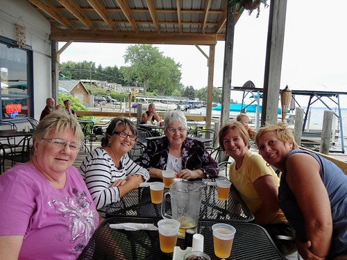 aunt debbie, aunt bonnie, aunt mommy, aunt susie and erinn