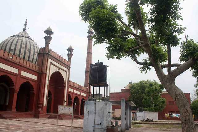City Monument - Zeenat ul Masjid, Near Ansari Road
