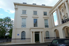 Photo of Elizabeth Bowen blue plaque