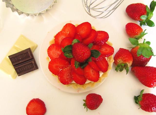 tartelete de morango com chocolate