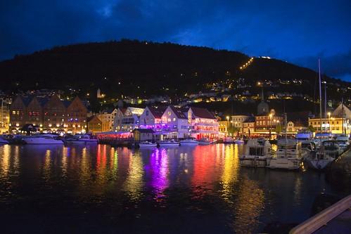 06 Bergen Fiesta en el puerto y colina Floyfjellet