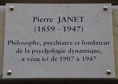 Pierre Janet plaque - 54 rue de Varenne, Paris 7