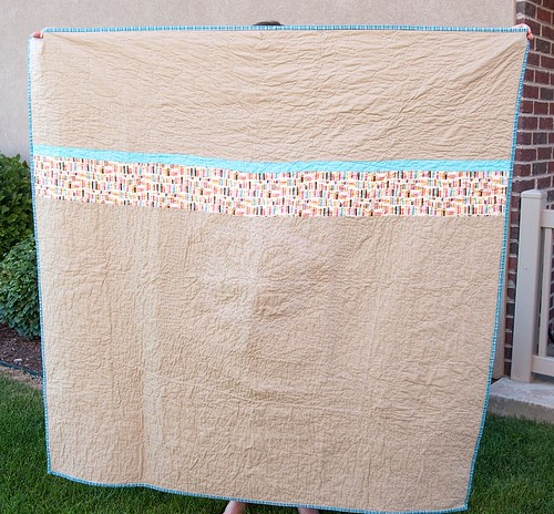 Single Girl Meets Retro Flowers Quilt Back