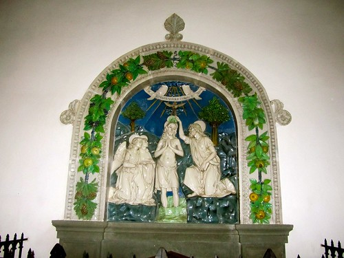 Santa Fiora, terrecotte robbiane
