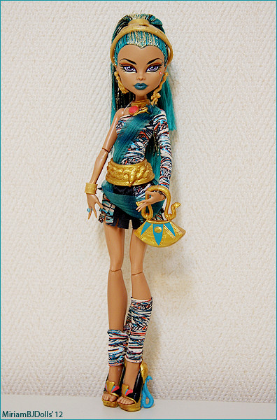 Nefera de nile monster high by miriambjdolls flickr photo sharing - Nefera de nile ...