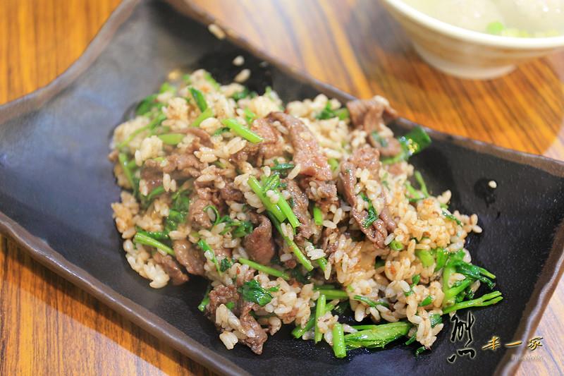 [嘉義美食小吃] 慶昇小館~全台網友推薦好吃炒飯果真名不虛傳還有超大顆餛飩