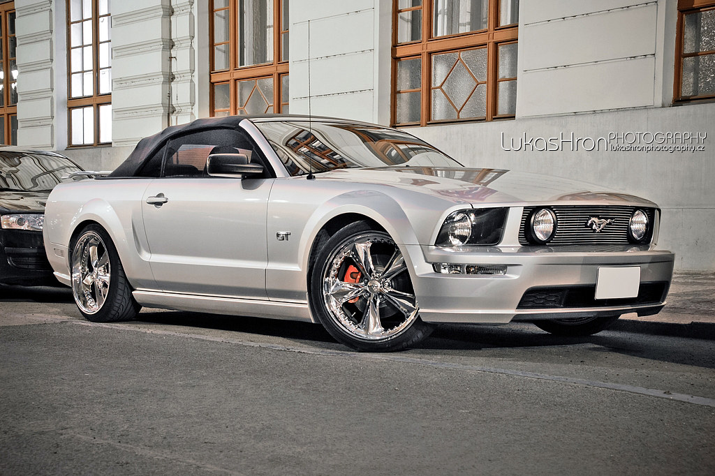 foose wheels ford mustang gt. Black Bedroom Furniture Sets. Home Design Ideas