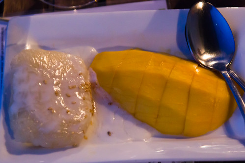 Sweet Mango with sticky rice at Smiling Banana Leaf