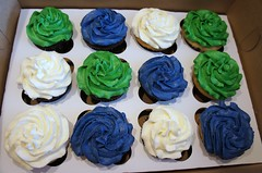 Vancouver Canuck cupcakes