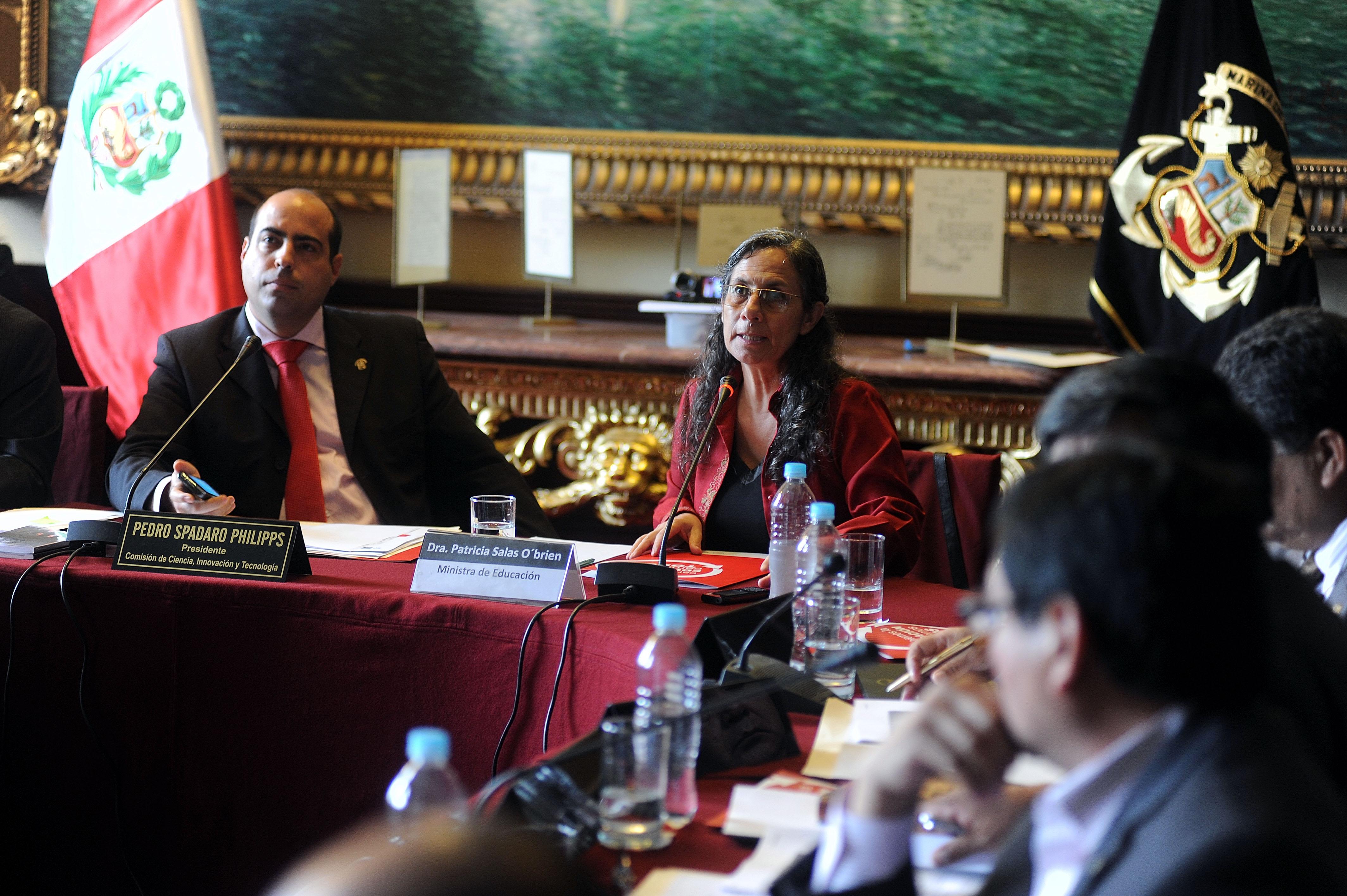Ministerio de ciencia innovaci n y tecnolog a en sesi n for Ministerio de innovacion