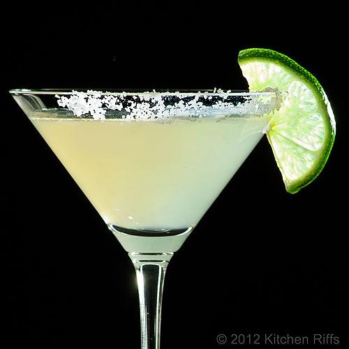 Kitchen riffs classic margarita cocktail for Cocktail margarita