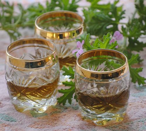 image-rose-geranium-liqueur
