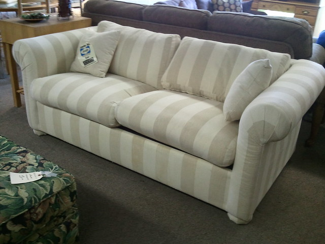 7278 sofa bed by sealy flickr photo sharing for Sealy sofa bed