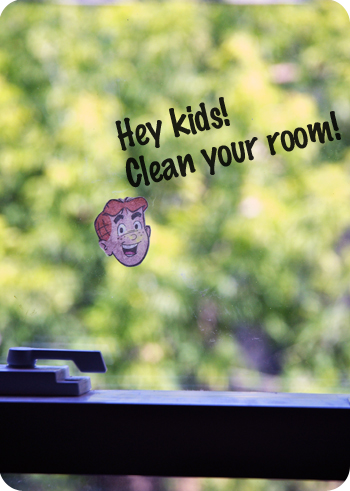 Make your own window cling comics