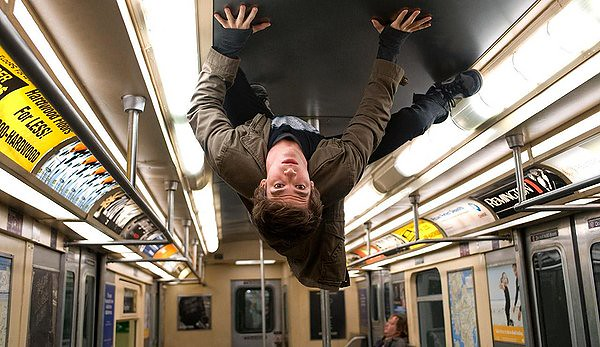 Andrew Garfield sticks to formula in THE AMAZING SPIDER-MAN.