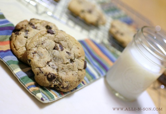 Sea Salt and Browned ButterChocolate Chip Cookies Recipe by www.alli-n-son.com