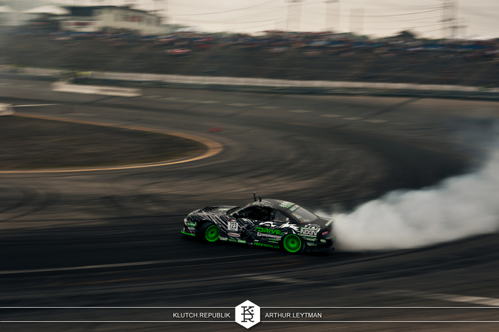 black white and green drive nissan 240sx drifting at formula drift the wall new jersey 3pc wheels static airride low slammed coilovers stance stanced hellaflush poke tuck negative postive camber fitment fitted tire stretch laid out hard parked seen on klutch republik