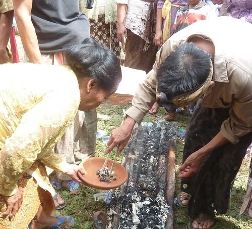 Bali-Funéraille hindoues-Crémation (86)