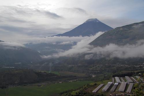 mountains geotagged volcano highlands ecuador andes volcan tungurahua geo:lat=136879673 geo:lon=7850360446