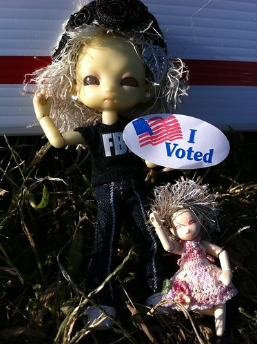 LoTsa PeePs Voted!!! by DollZWize