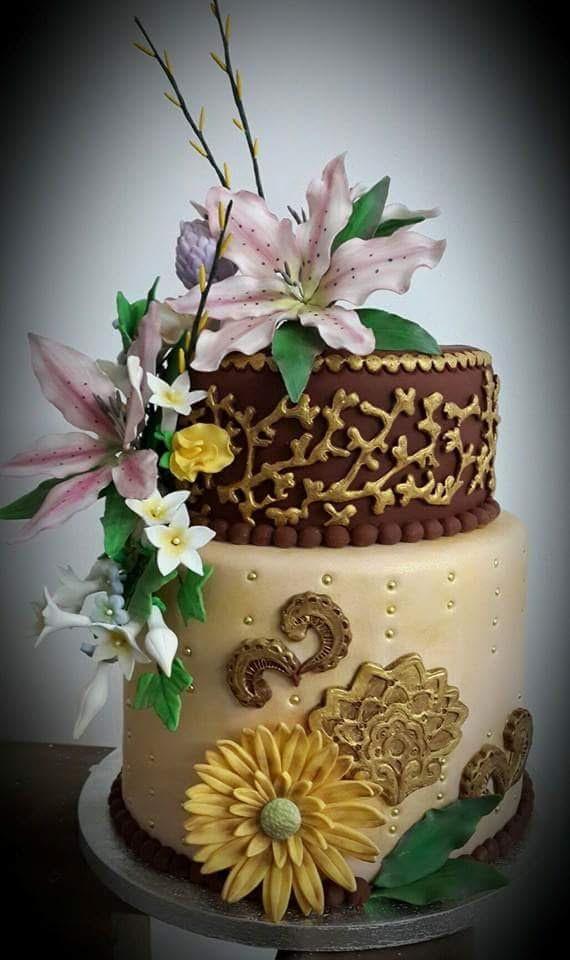 Golden Cake by Rubee Alzate- Pertierra