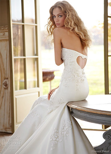 Sensual Shaped Wedding Gowns with Gorgeous Back