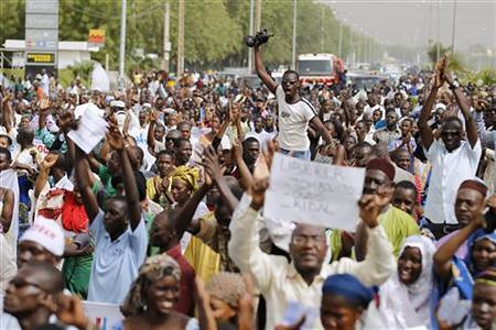 Malians march in Bamako against the Tuareg seizure of the northern city of Gao. Reports indicate that several hundred troops are moving to reclaim the north. by Pan-African News Wire File Photos