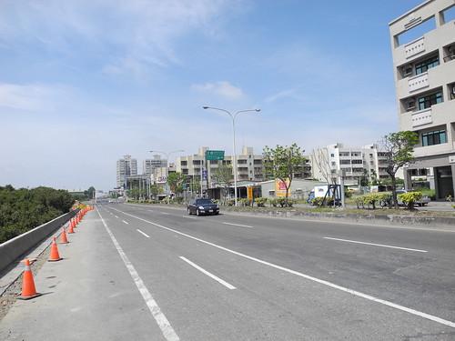 Road into Tainan