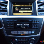 2012 Mercedes-Benz ML550 center console stack