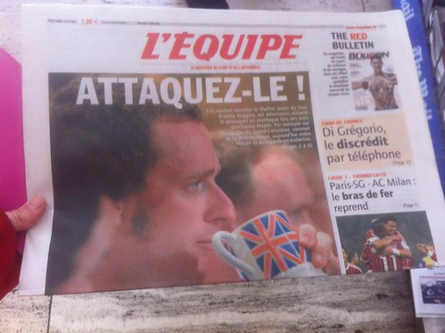 Wiggo on the front of L'Equipe
